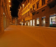 The Ponte Santa Trinita and Via Tornabuoni - The most exclusive shopping street in Florence luxury
